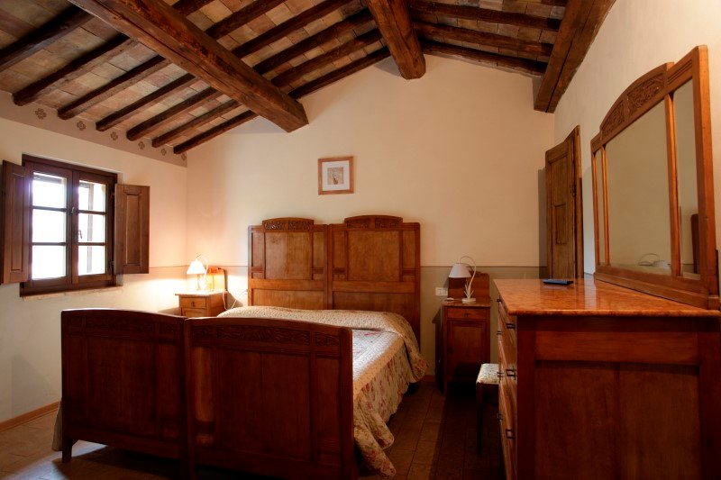 Private room with pool and Wi-Fi - Tiglio, vacation rental in Santa Maria di Sette