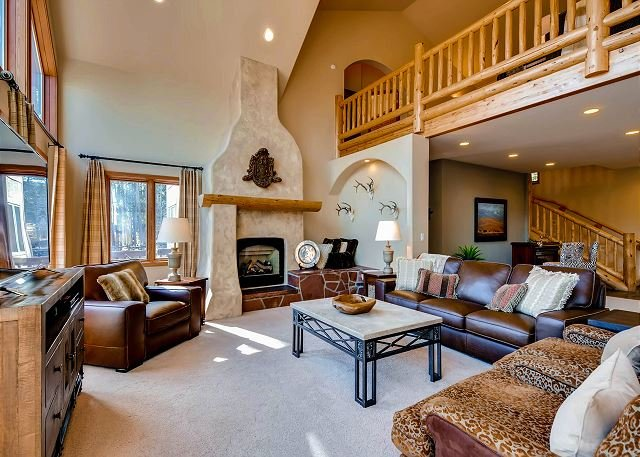 Great Room features southwestern style