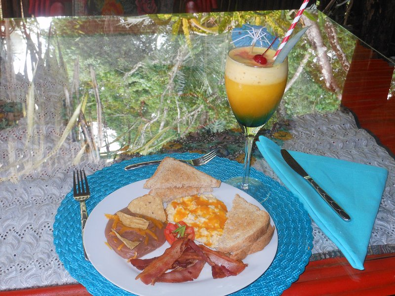 Macaw Bank Jungle Lodge Breakfast