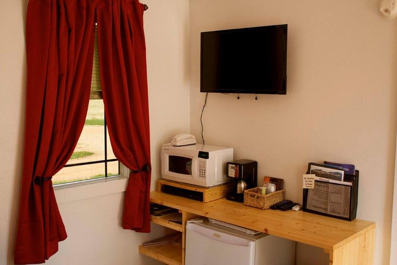 Whispering Winds - Northwoods, holiday rental in Rapid City