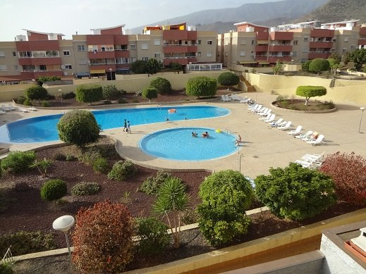 Wonderfull penthouse , 8 people , all facilities within 500 m. , Terrasse 70 m², alquiler vacacional en Fañabé