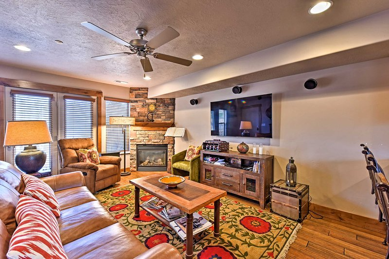 Plan your next alpine getaway to this Eden vacation rental condo for 6!