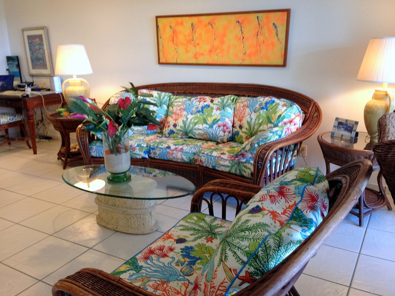 Tropical decor in spacious living room