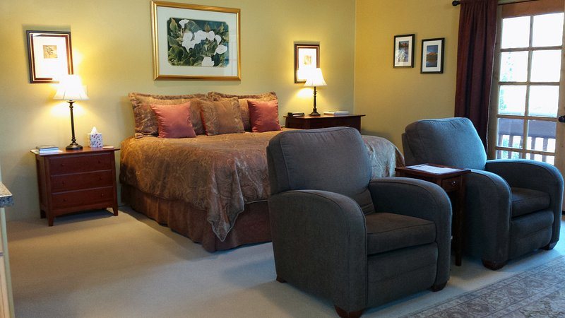 Pyramid Suite with king-sized pillow-top bed and comfy recliners
