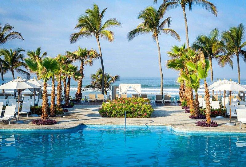 Private Mayan Palace Resort.