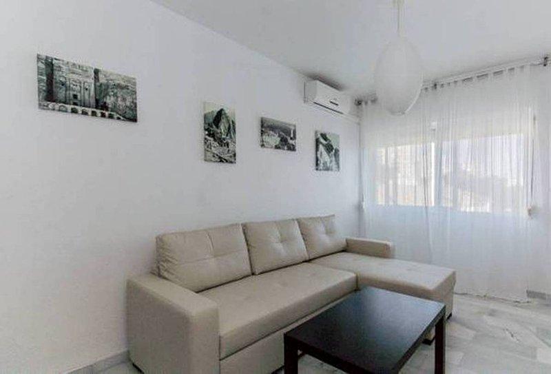 Apartamento en Zona Inmejorable WIFI, holiday rental in Torre Melgarejo