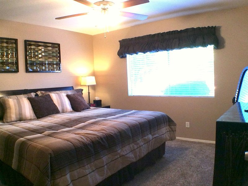 Guest Bedroom wking bed option view 1