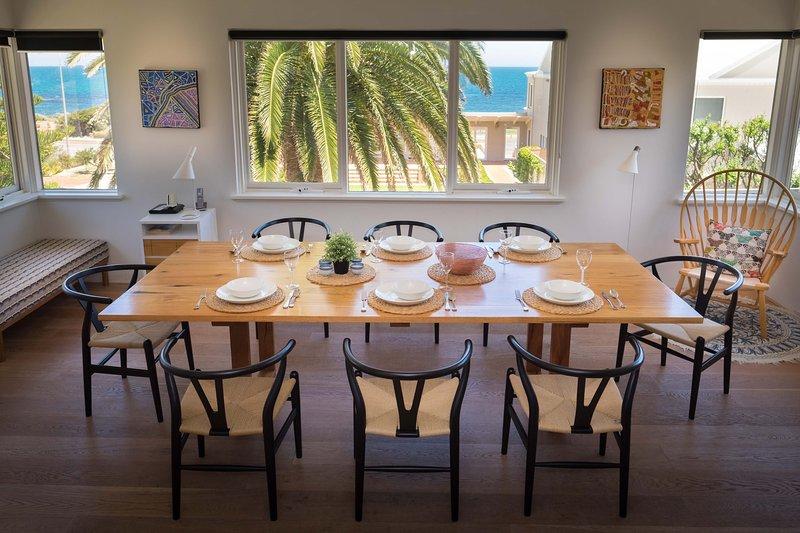 Sala de jantar com vista Cottesloe Beach