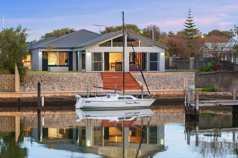 Geographe House, vacation rental in Margaret River Region