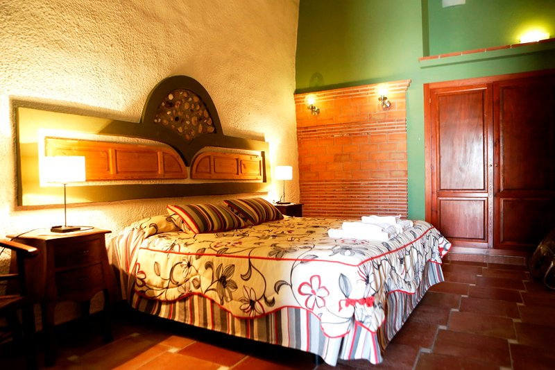 Romántica cueva para 2 personas – semesterbostad i Benalua de Guadix