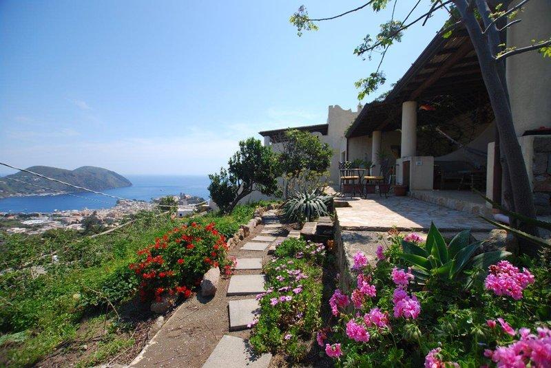 Villa maracuja Lipari island, vacation rental in Aeolian Islands