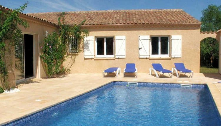 Villa Seize - Pezenas holiday home France with private pool sleeps 8, holiday rental in Pezenas