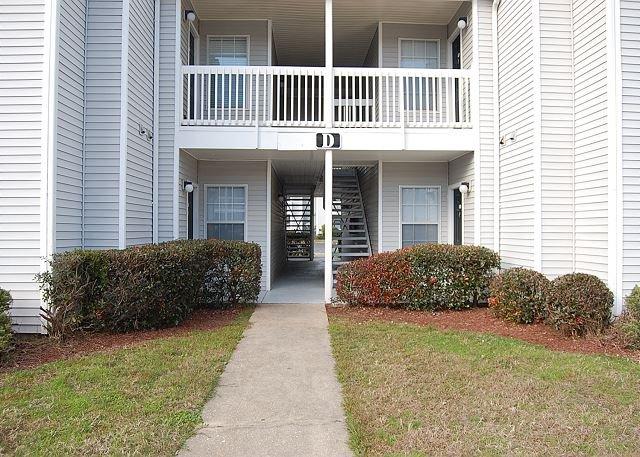 Building D; South Entrance