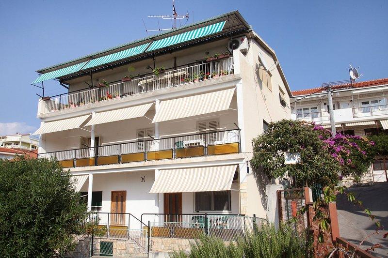 Kaza A3(6+2) - Trogir, vacation rental in Gornji Seget