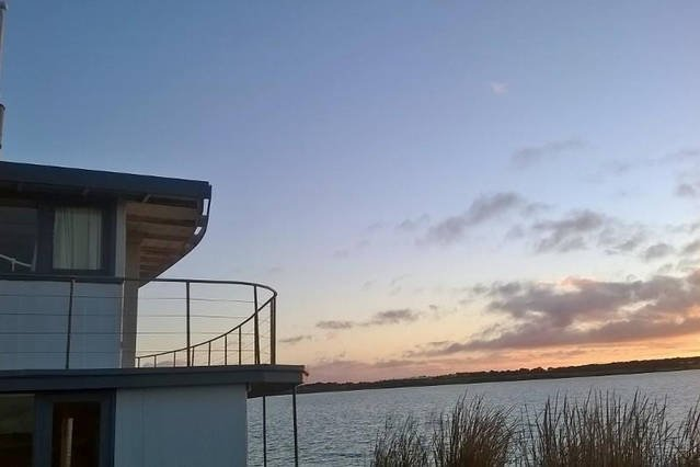 PS Federal Paddle Steamer Romantic Retreat, holiday rental in Goolwa