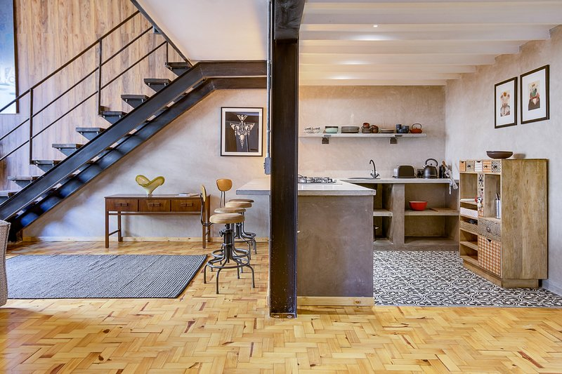 New York Style Loft Apartment No 6 Has Housekeeping Included