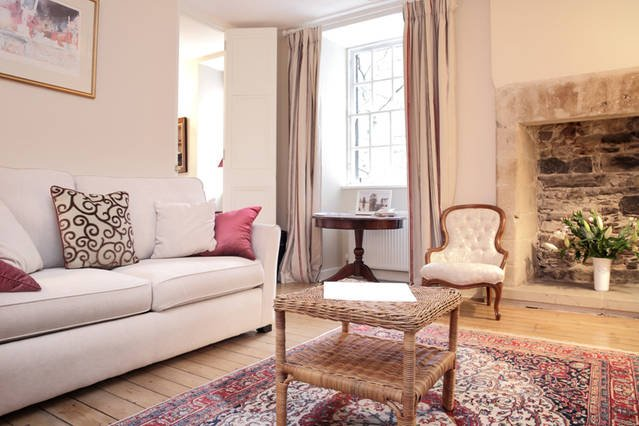 Royal Mile Luxury Apartment, alquiler vacacional en Edimburgo