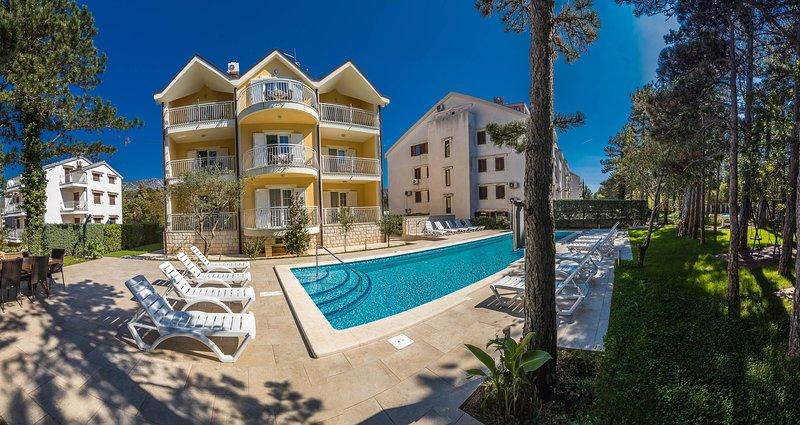 Building,House,Hotel,Resort,Water