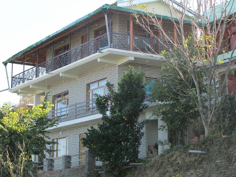 Kasar Himalaya holiday Home, vacation rental in Almora District