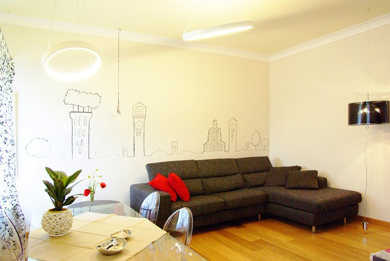 TWEET IN TOWN - City center, very quite, AC, WiFi, vacation rental in Lucca