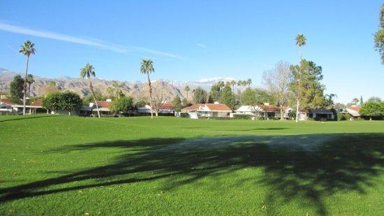 ET54 - Rancho Las Palmas Country Club - 3 BDRM + DEN, 2 BA, location de vacances à Désert californien
