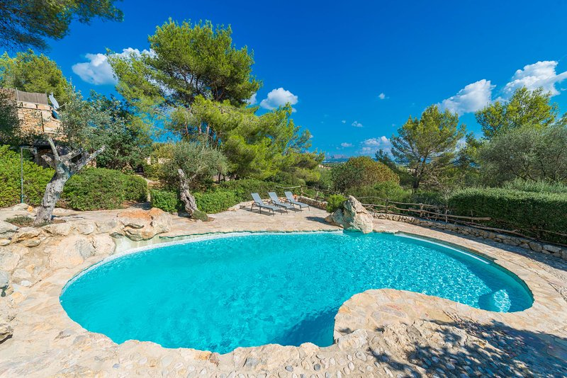 SON DEL RIO VELL - Villa for 6 people in Pollensa, vacation rental in Formentor