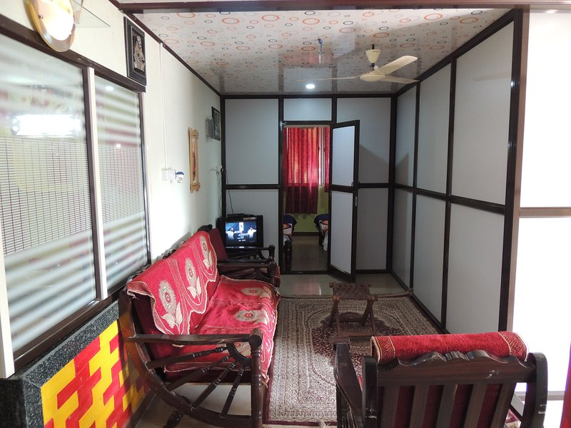 3 Br furnished apartment in Dandeli for vacation homes, vacation rental in Dandeli