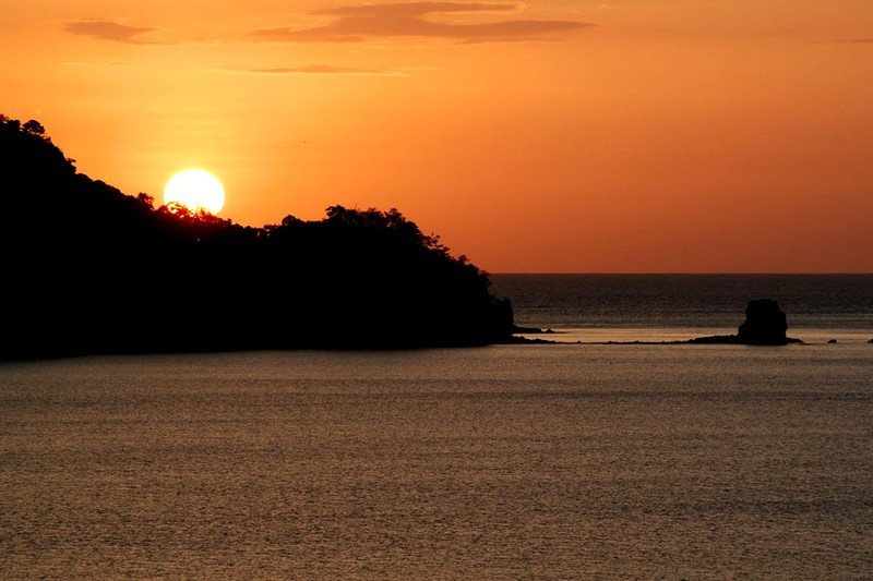 La puesta del sol trae una sensación de serenidad
