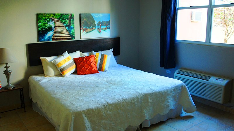 2nd bedroom bed. King size (two twin beds combined)