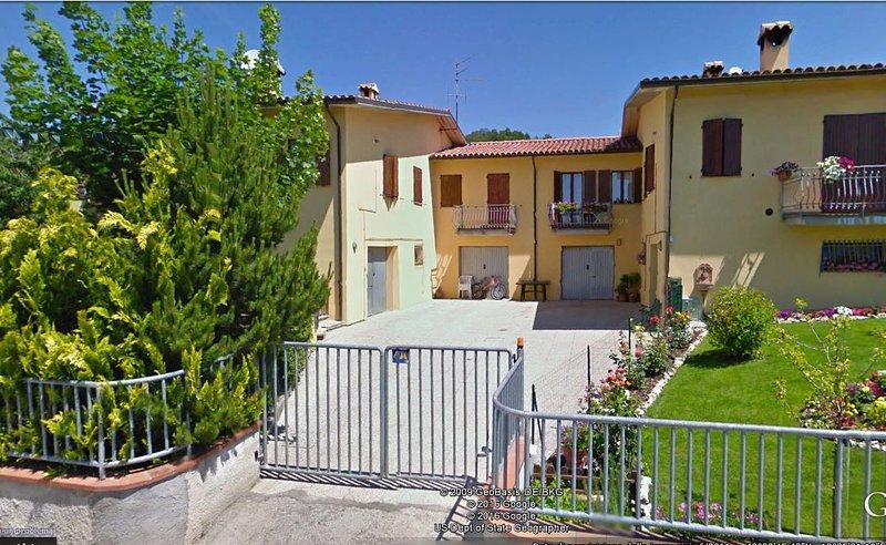 Trilocale in nuova Villetta 4 apt panoramica, location de vacances à Apecchio