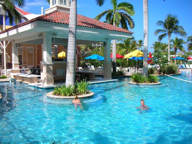 Luxury Ocean Front Villa for 8 Marriott Surf Club - Family ...