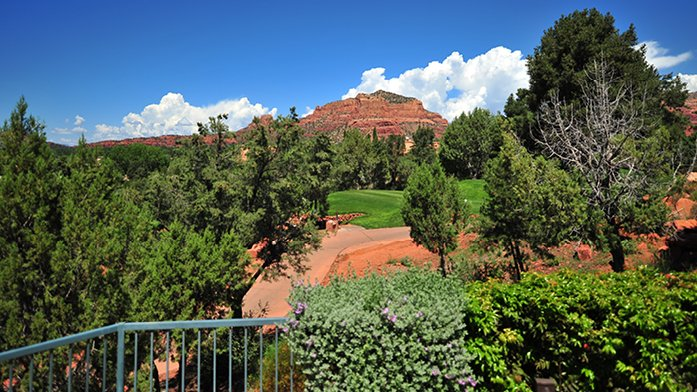 Warm Arizona!  Golf and Spa Resort in Sedona, holiday rental in Village of Oak Creek