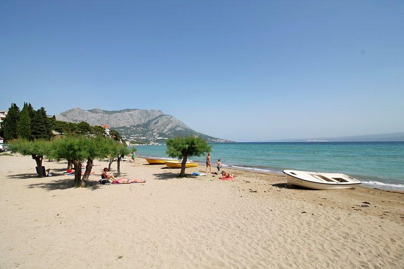 Belle plage de sable à seulement 7 km de Villa Antoni