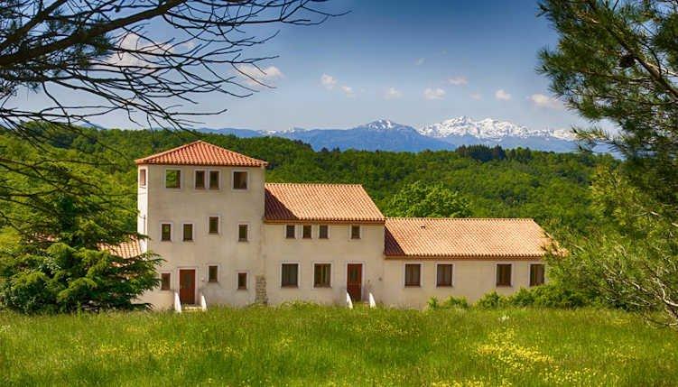 French holiday gites near Carcassonne & Pyrenees sleeps 4, alquiler vacacional en Rivel