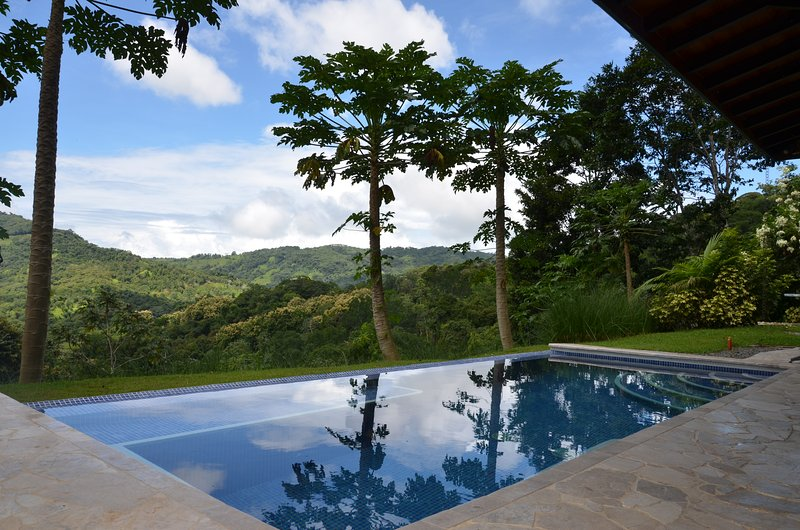 Villa Valley of the Horses, vacation rental in San Gerardo