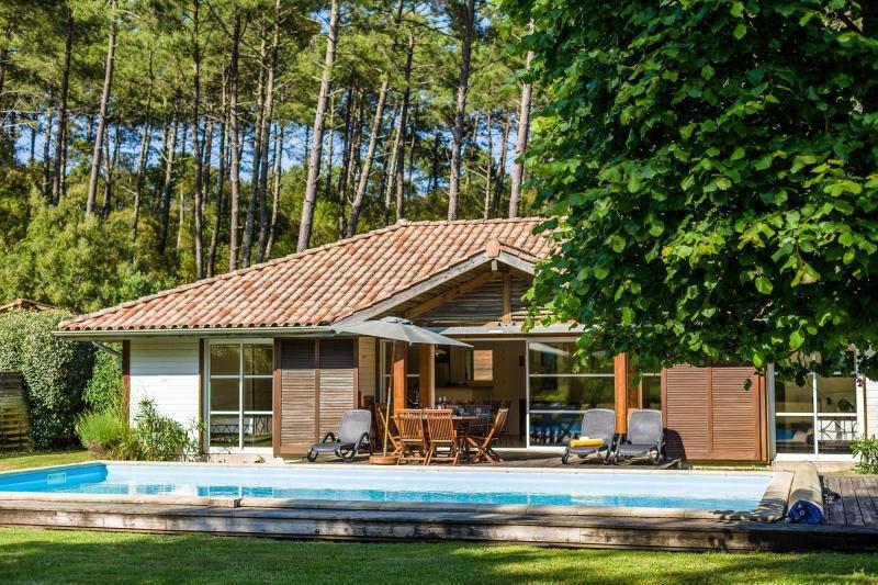 La Clairiere aux Chevreuils 4 Bedrooms, holiday rental in Moliets et Maa