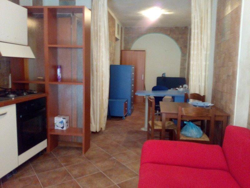 Monolocale, IGLESIAS centro, location de vacances à Fluminimaggiore
