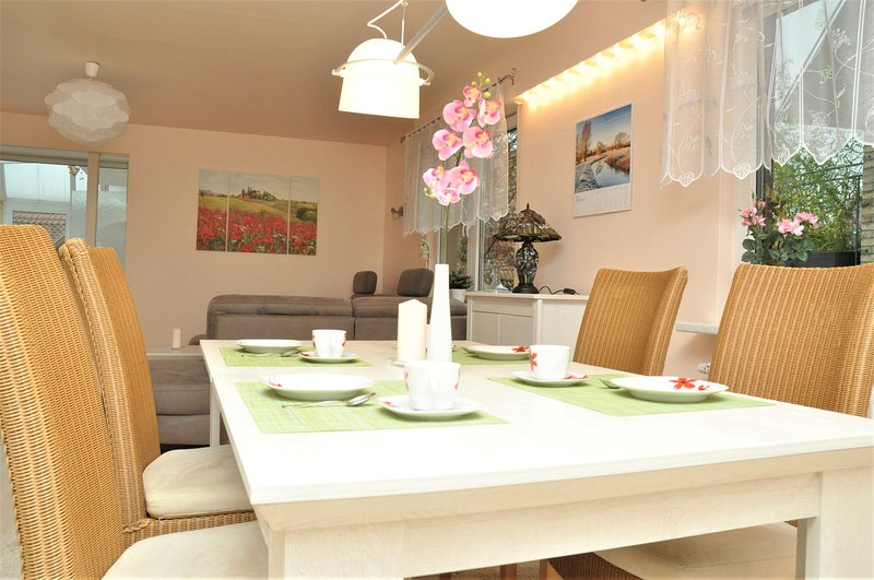 200m² Wohnung in Walldorf - nähe SAP, holiday rental in Sinsheim