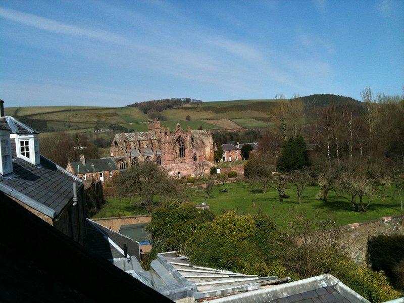 Vista de la abadía de la colada de la cama. 1 y 2