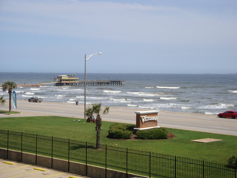 Condo Balcony View Ocean, Beach, Fishing Pier & Ship Channel