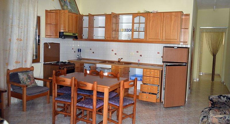 Apt 5 - Doni Apartments Ksamil, holiday rental in Ksamil