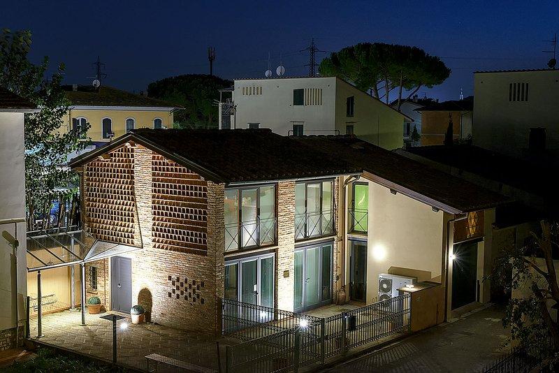 Casa singola isolata ex fienile ristrutturata recentemente (ARNICA), holiday rental in Madonna Dell'Acqua