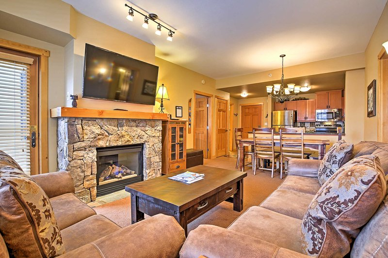 Let this mountainside condo serve as the perfect home-base at Copper Mountain!