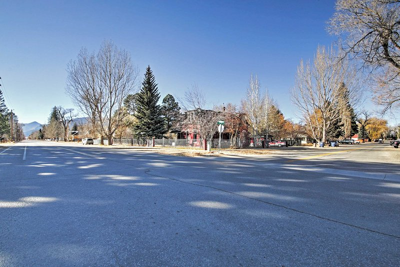 You'll be just 5 mins from the hot springs and walking distance to town!
