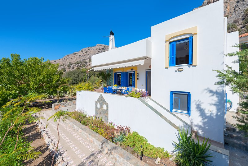 Villa Lia, holiday rental in Pefkos