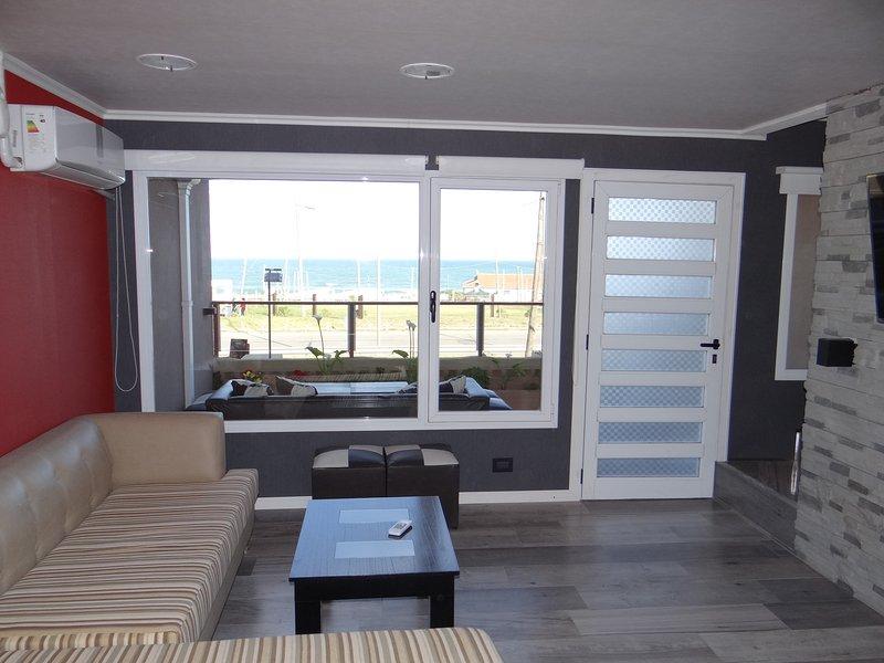 Casa Frente al Mar, hasta 10 pers. en Mar del Plata, Faro Norte, holiday rental in Province of Buenos Aires
