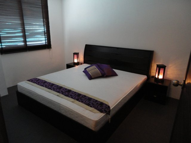 Main Bedroom ( King Size )
