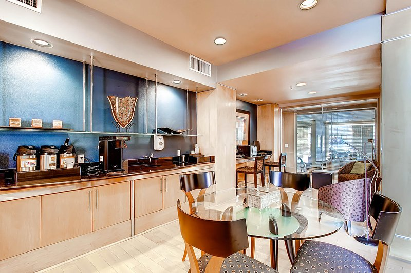 Stay Alfred Denver Vacation Rental Community Area