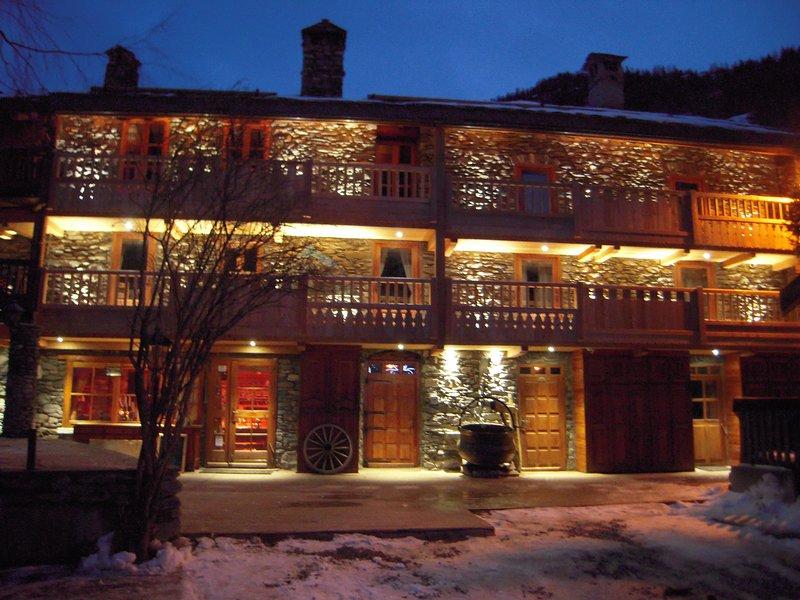 Chalet les Champs du Pont Tignes - apt la Grange 3 rooms 6/8 people - the cottage