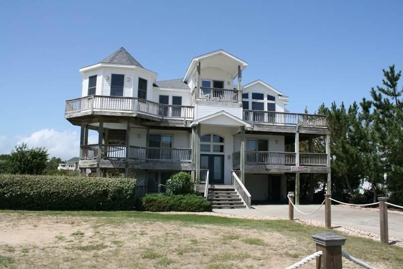 Edificio, Villa, cubierta, porche, balcón